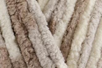 Bernat Baby Blanket - Little Sandcastles (04011) - 300g