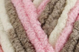 Bernat Baby Blanket - Little Petunias (04421) - 300g