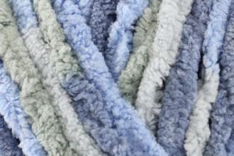 Bernat Baby Blanket - Lovely Blue (04793) - 300g