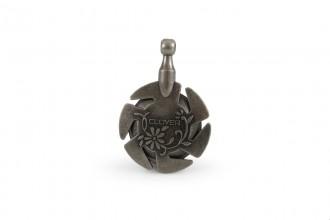 Clover Yarn Cutter Pendant (Antique Silver)