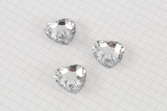Crystal Heart Buttons, Clear, 20mm (pack of 3)