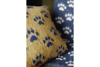 Rowan - Rowan At Home - Paws for Thought Cushion by Martin Storey in Hemp Tweed (downloadable PDF)