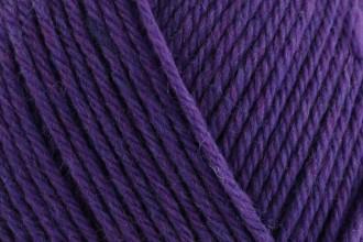 Rowan Pure Wool Superwash Worsted - Plum (122) - 100g
