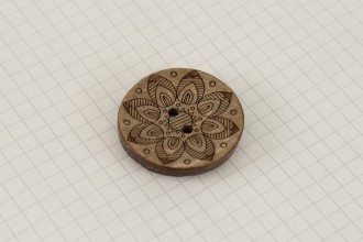 Scheepjes Round Coconut Lasered Star Button, 33mm