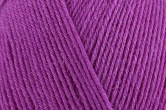 West Yorkshire Spinners Signature 4 Ply - Blackcurrant Bomb (735) - 100g