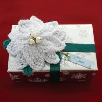 Bernat - Poinsettia Gift Topper in Satin (downloadable PDF)