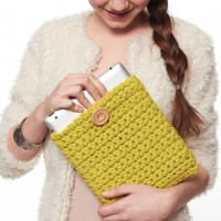Bernat - Tablet Cover in Softee Chunky  (downloadable PDF)