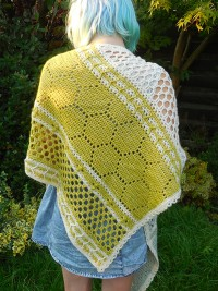 Christina Hadderingh - (NL) Hotel of Bees Shawl in Scheepjes Stone Washed (downloadable PDF)