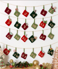 Red Heart - Advent Calender Gift Pockets in Super Saver (downloadable PDF)