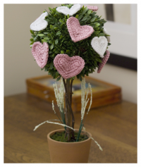 Red Heart - Affaire of the Heart Topiary in Red Heart Soft (downloadable PDF)
