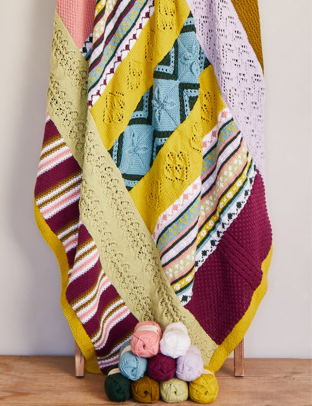 Sirdar's No Place Like Home KAL - the Yorkshire Welcome colourway