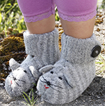 Free Pattern! Children's Felted Mouse Slippers in Drops Alaska