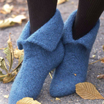 Free Pattern! Felted Slippers knitted in Drops Eskimo