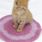 Free Pattern! Crocheted and Felted Cat Mat in Drops Eskimo