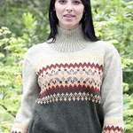 Free Pattern! Colourblock Fair Isle Pullover knitted in Cascade 220