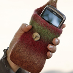 Free Pattern! Felted Mobile Phone Pouch in DROPS Big Delight